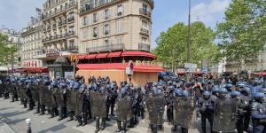 Plus d'une centaine de policiers protège La Rotonde